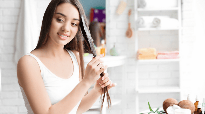 Apply The Coconut Oil on Your Hair: How to Apply Coconut Oil Before Bleaching
