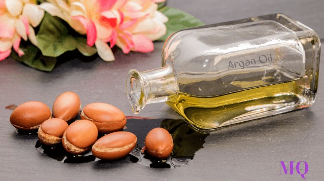 Argan Oil For Dandruff: Why Should You Use It?